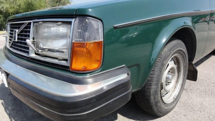 Volvo 244 2.1 GL Clássico